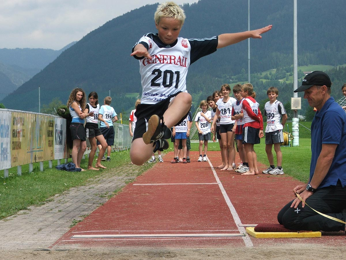 Bewegung & Sport, Weitsprung   BRG Wörgl