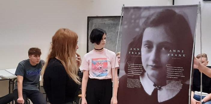 Deutsch | Anne Frank | BRG Wörgl