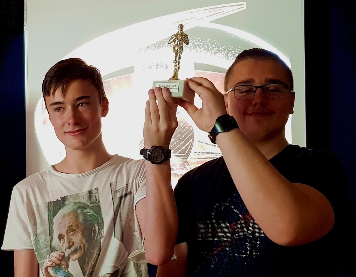 ME | Oscar | Oscar an Team 5B - Tobias und Milos | BRG Wörgl