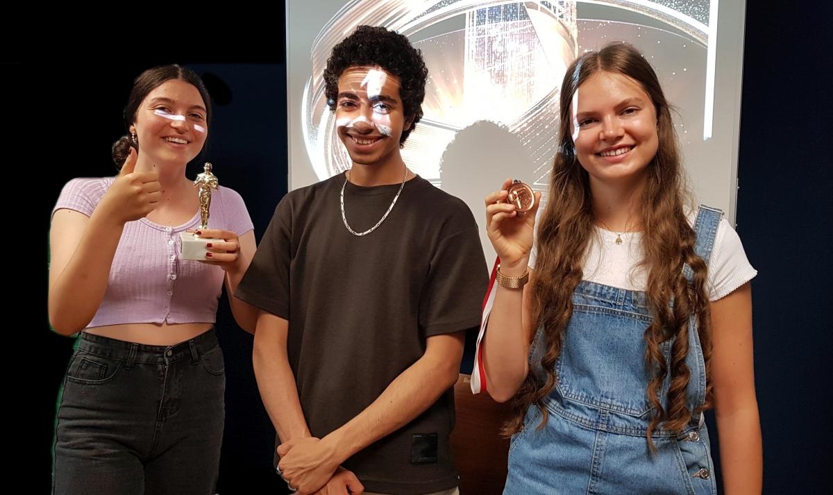 ME | Oscar | Weitere PreisträgerInnen der 6B - Marina, Omar und Clarissa | BRG Wörgl